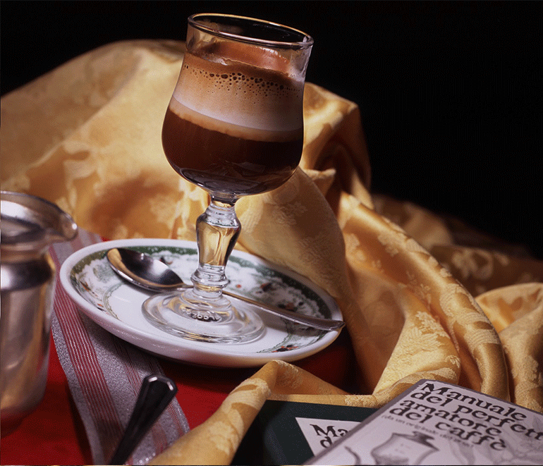 Il CAFFE' NOCCIOLA, Il PRIMO CAFFE' GOURMET NAPOLETANO